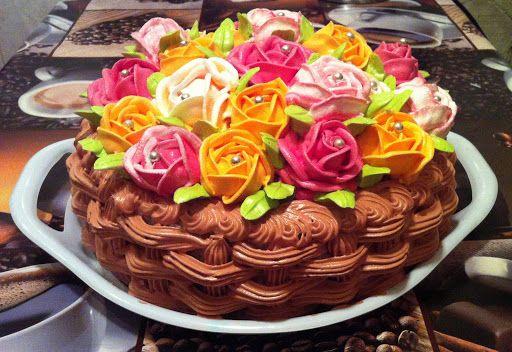 Как украсить торт на 8 марта в домашних условиях, чтобы было красиво?